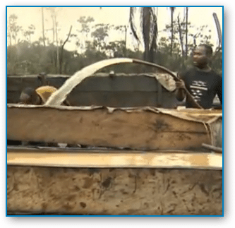 Come See Nigerians Refining Oil Crudely