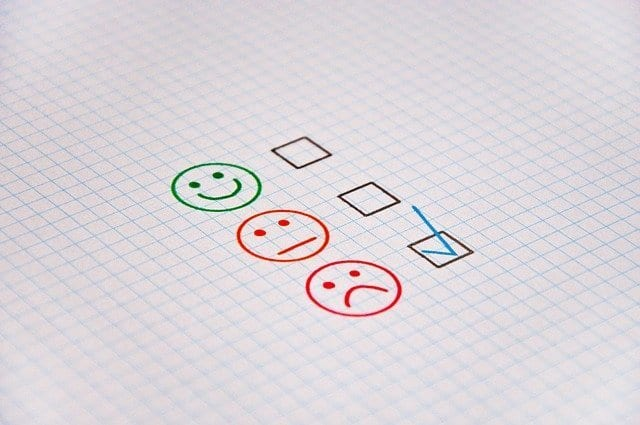 Responding to Negative Feedback from Online Clients