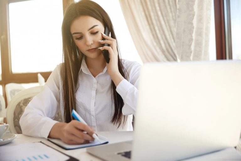 Best Examples of Phone Interview Questions for the Interviewer